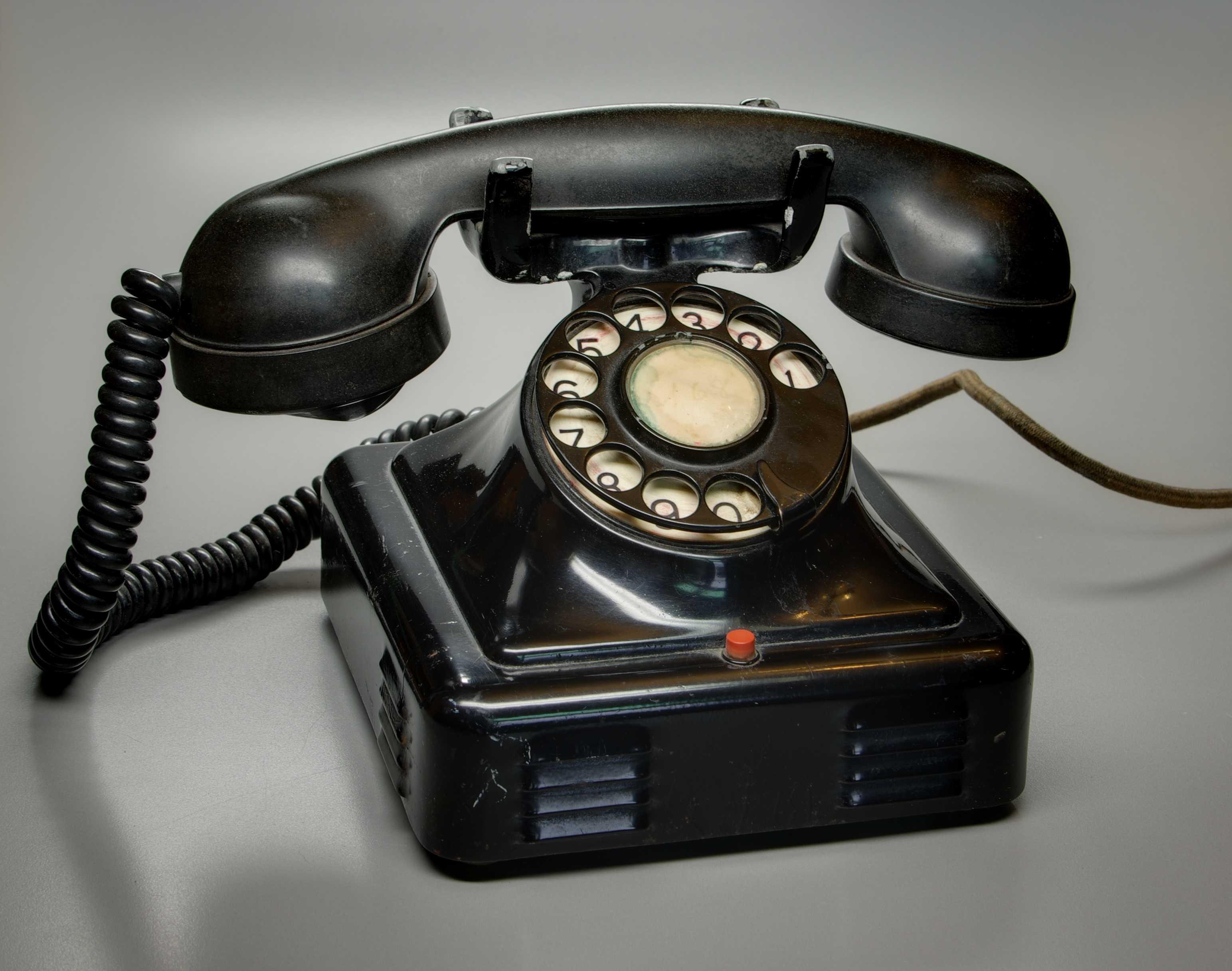 telefon1 - Telefon