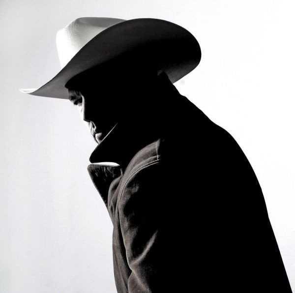 fotr sapkali ilginc adam 3 - Şapkalı Adam